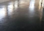 Бетонный пол в магазине стройматериалов